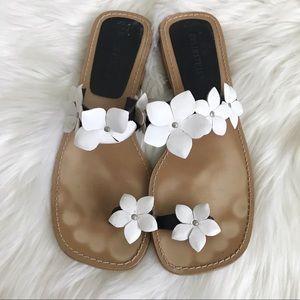 COLIN STUART White floral toe strap sandals 8.5